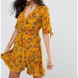NWT Golden yellow floral dress with ruffles